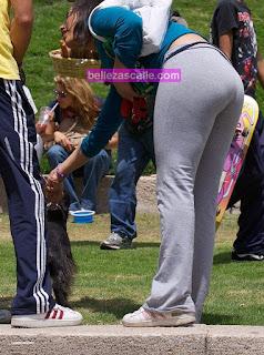 chica linda pantalones yoga