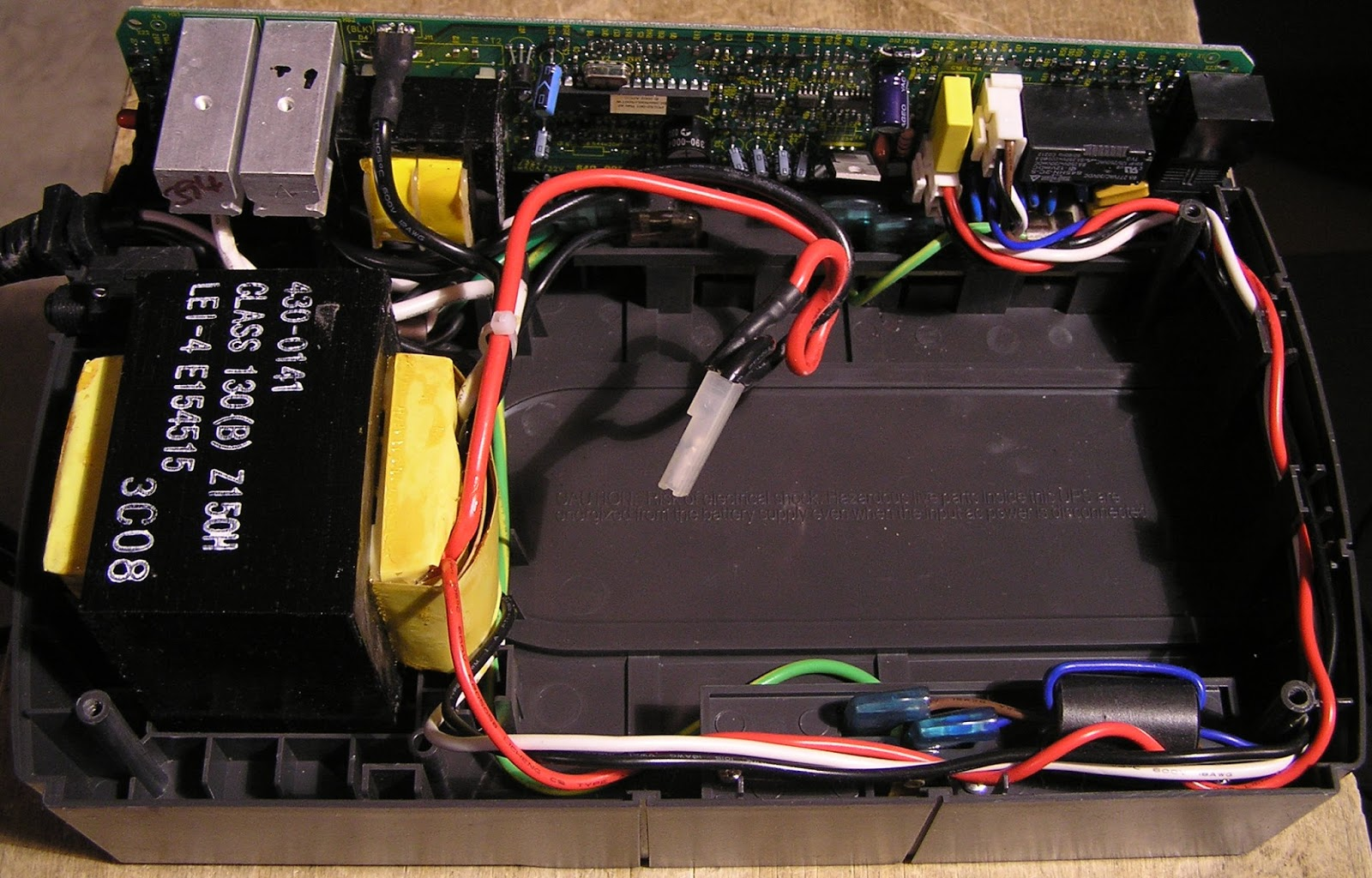 hight resolution of the small transformer on the board is only used for powering the ups circuit from ac and charging the battery