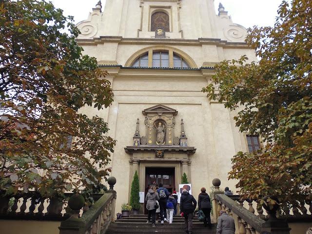 Iglesia de Nuestra Señora de la Victoria (Praga) (@mibaulviajero)