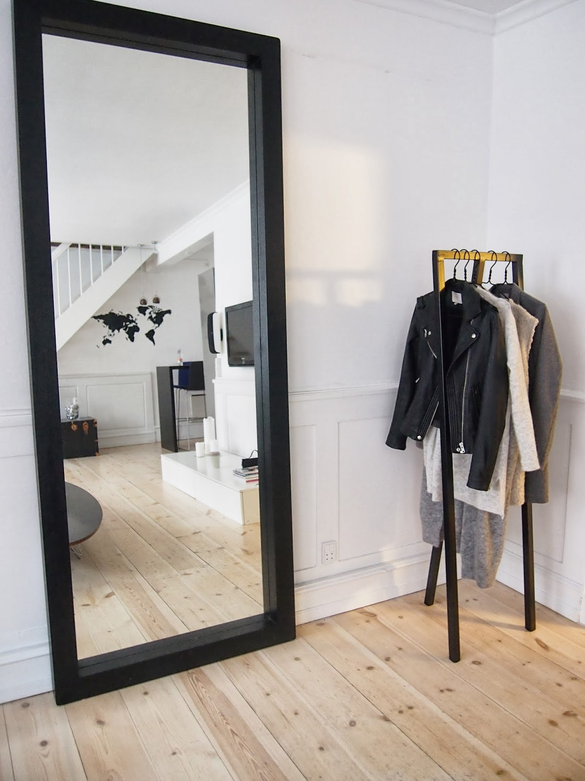 Style White Loop Stand Hall By Danish Hay