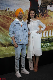 Anushka Sharma with Diljit Dosanjh at Press Meet For Their Movie Phillauri 002.JPG