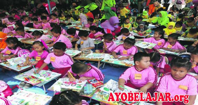 Ini Tips Memilih Sekolah Untuk Anak Usia Dini PAUD/ TK