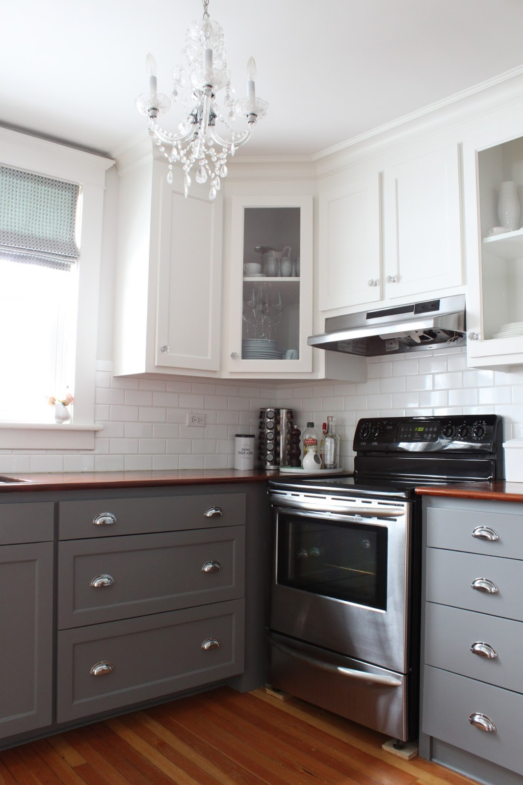 Extremely Awesome Two Tone Kitchen That Will Change Your Life For Sure