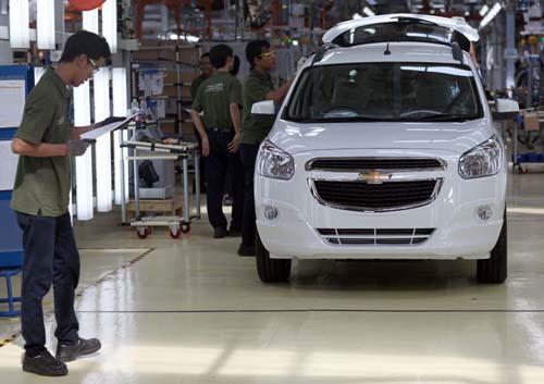 Chevrolet Spin Diesel Spesifikasi Dan Harga Mobilku