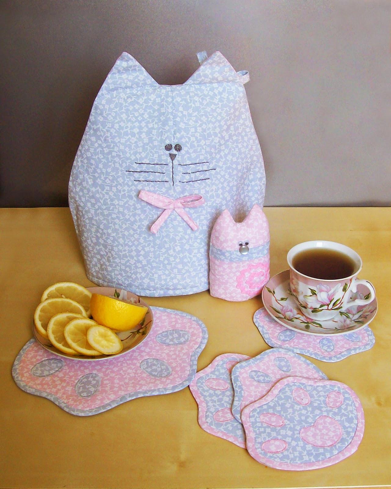 папа кот и котёночек (грелка на чайник, игрушка и подставки под горячее)