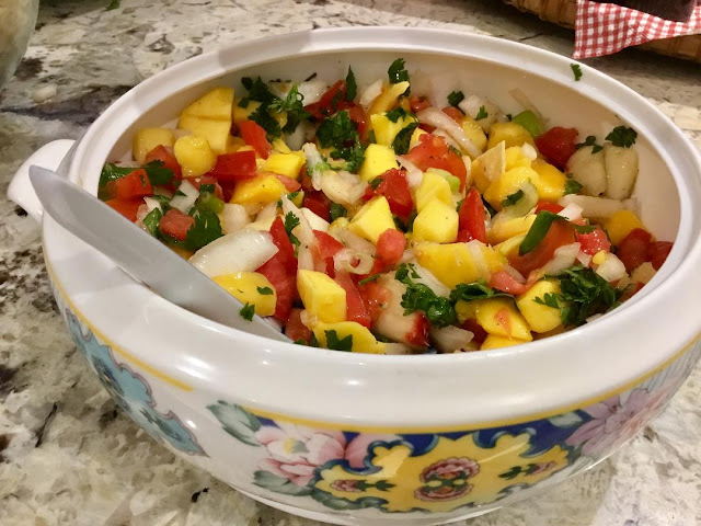party appetizer - mango salsa