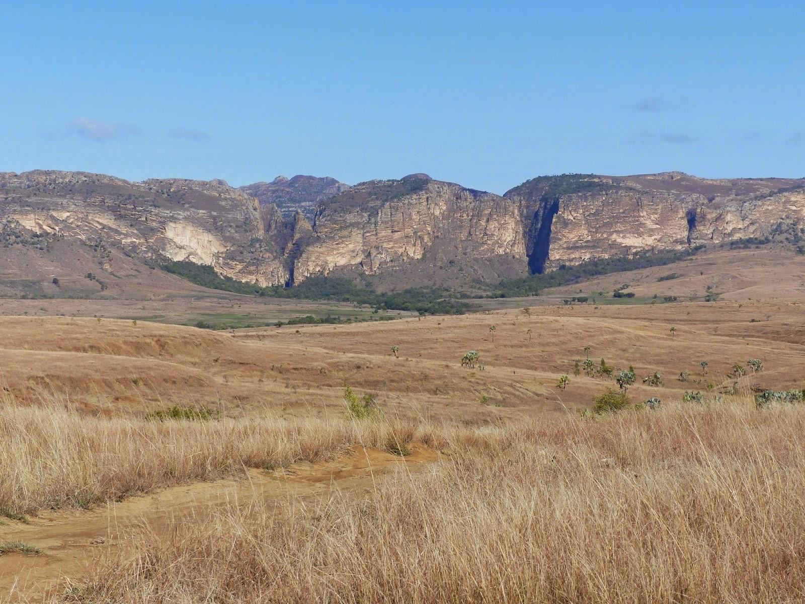 SWANSONI Team Adventures: Isalo National Park: Madagascar ...