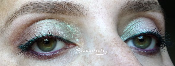 Pastel makeup using Lancôme Color Design Infinité 24H Eyeshadow in shade Enduring Vert, mint green.