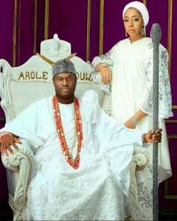 The Ooni of Ife, Oba[King] Enitan Ogunwusi and his wife.