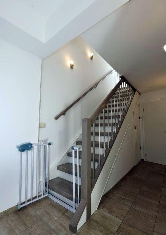 was kostet eine treppe aus beton schwimmbadtechnik. Black Bedroom Furniture Sets. Home Design Ideas