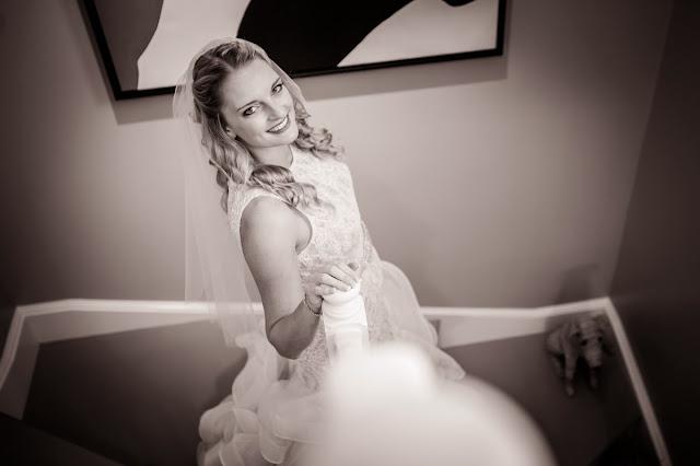 beach wedding photography, modern wedding photography, digital wedding photography, wedding poses, wedding videography, wedding videographer, professional, wedding photographer, destination wedding photography,