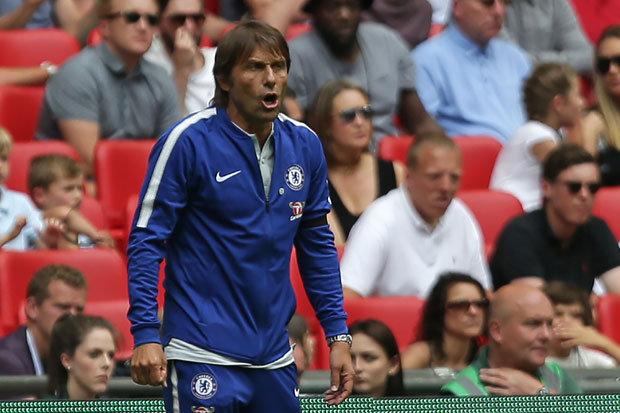 'Chelsea buộc phải mua sắm'