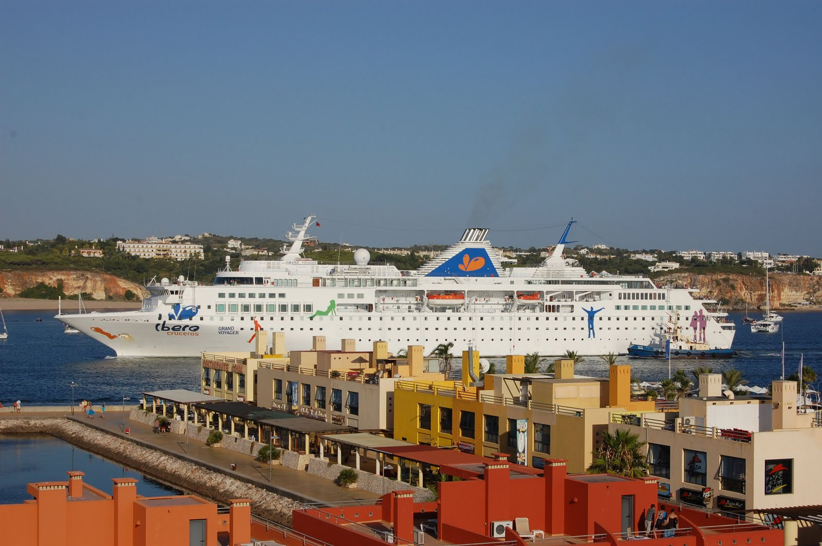 NAVIGATIONCruising And Maritime Themes CRUISE SHIPS AT PORTIMAO - Grand voyager cruise ship