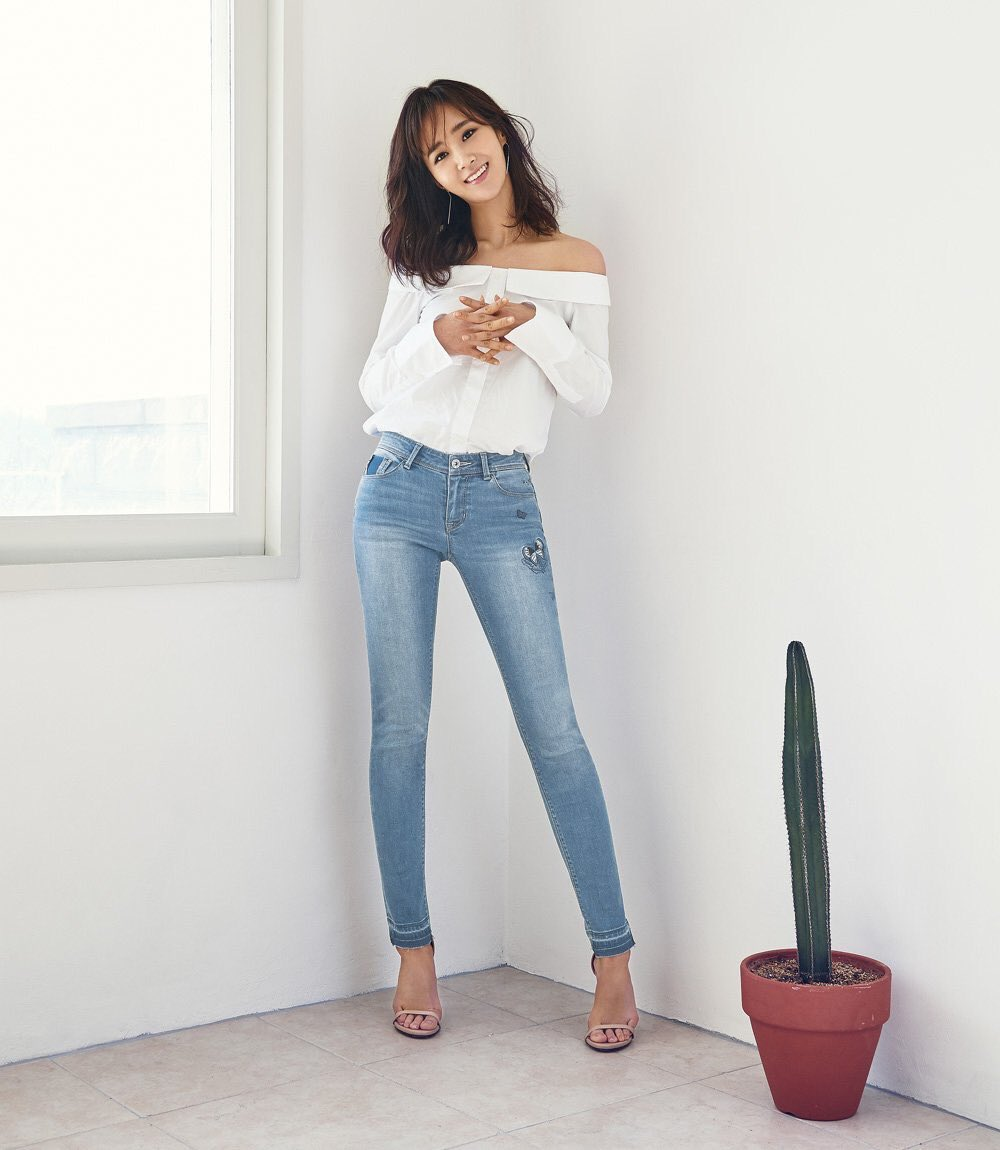 Yuri kwon snsd 21 rose 7