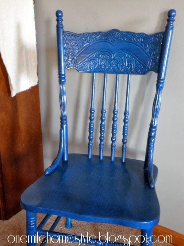 Navy blue traditional wooden dining room chair