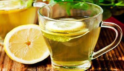 Khasiat Menakjubkan Minum Air Lemon Hangat Pagi Hari