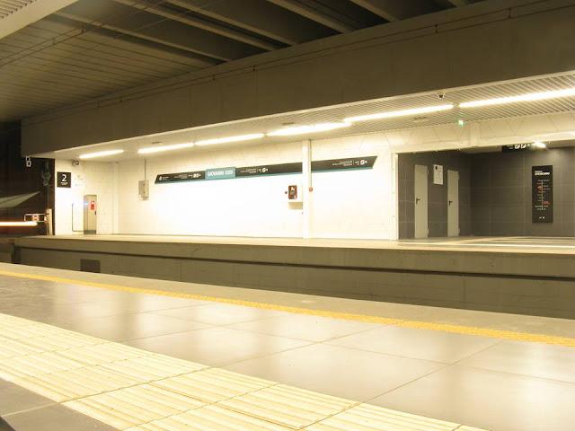 fermata metropolitana di catania foto dell'interno