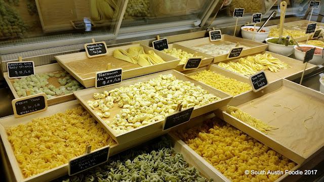 La Dolda Pasa fresh pasta case