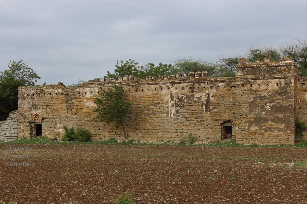 The Circular Ruins - Degrees Of Separation