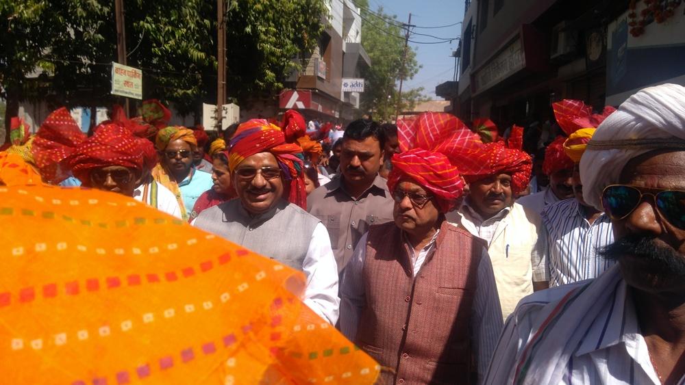 Congress-leaders-including-MP-Bhuria-attended-Jhabua-Bhagoria-सांसद भूरिया सहित कांग्रेस नेताओं ने की झाबुआ भगोरिया मे शिरकत