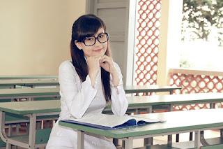 Perangkat Pembelajaran Bahasa Inggris SMA Berkarakter Kelas X