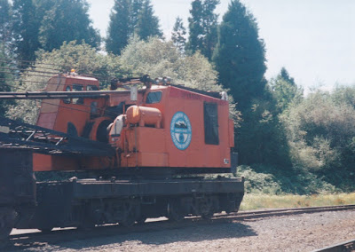 Southern Pacific 50-Ton Crane SPMW #8000 in Oakridge, Oregon, on July 18, 1997