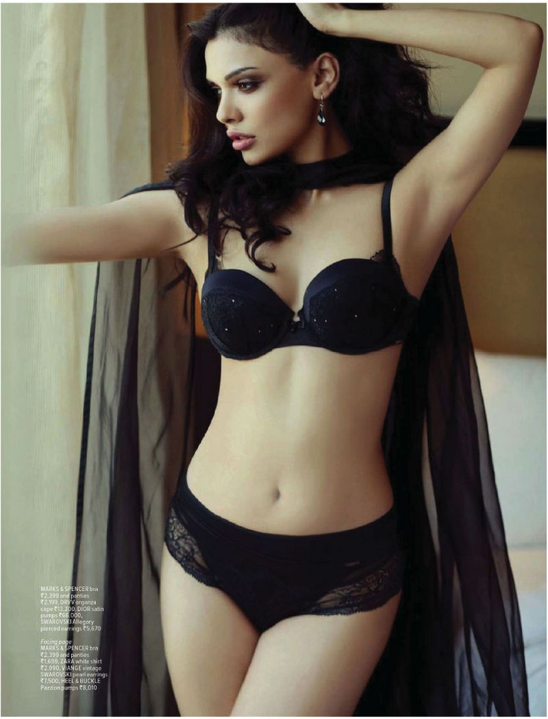 Sara Loren In Lingerie Photo Shoots For Poses Maxim -7356
