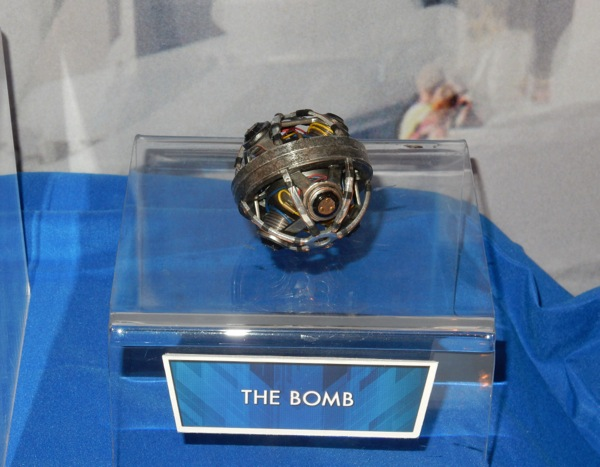 Tomorrowland bomb movie prop