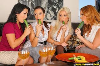 Ariella Ferrera, Diana Doll, Janet Mason, Sienna West : Ahead Of The Class