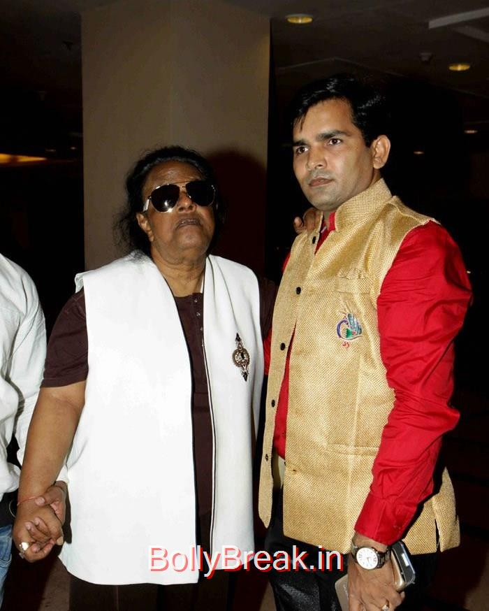 Abhijeet Bhattacharya's Wedding Anniversary, Singer Abhijeet Wedding Anniversary Photo Gallery