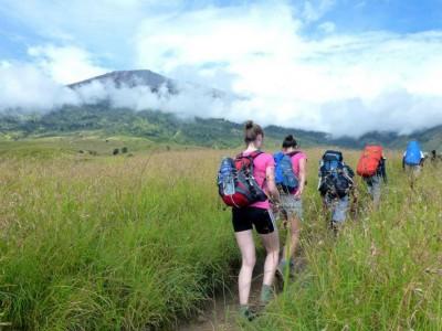 Rinjani trekking package service