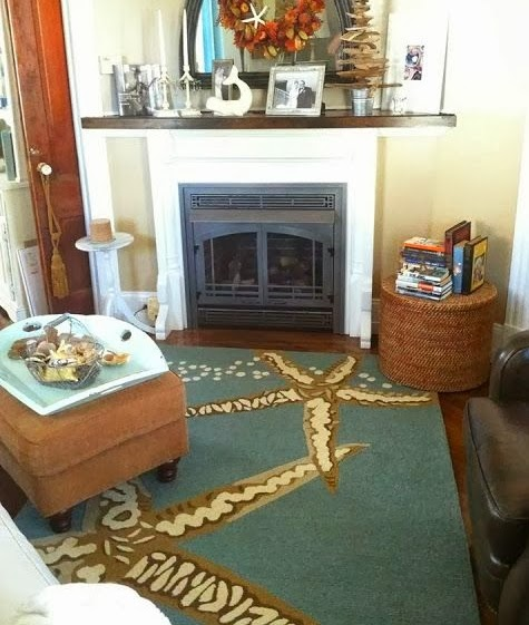 starfish rug in living room
