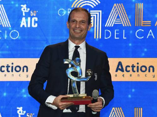 Juventus hụt giải cầu thủ hay nhất Serie A 2017-18 1
