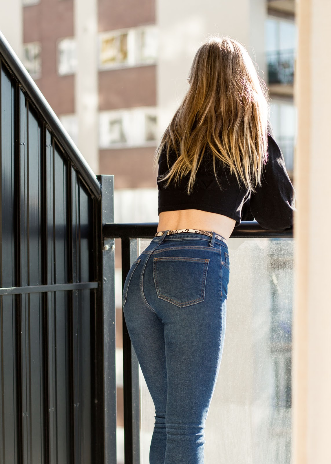 Canadian Fashion Blogger - Gucci shoes - Forever 21 jeans top - Vintage Calvin Klein