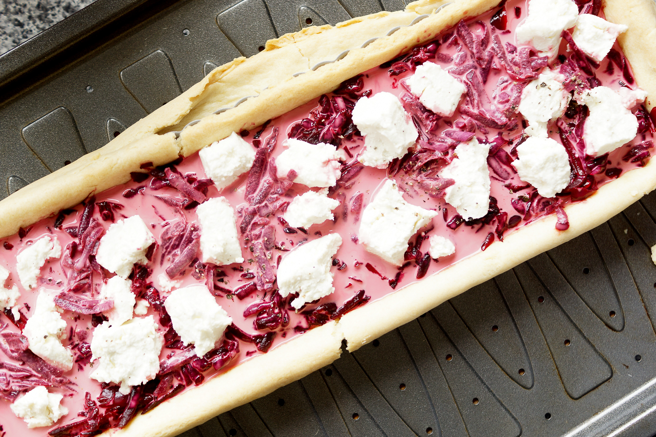food-photography-beetroot-goats-cheese-tart