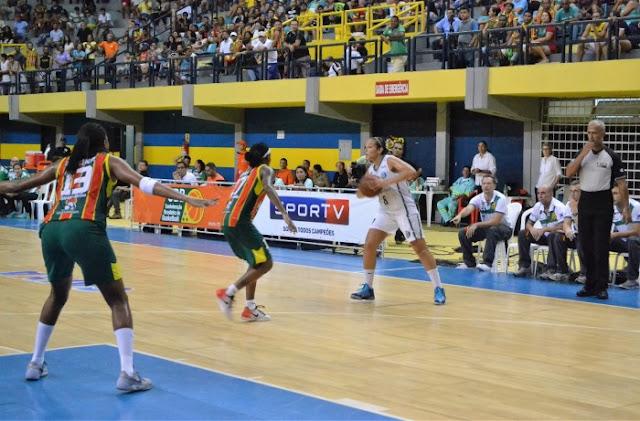 América perde em São Luís e encerra LBF 2015/16 em terceiro
