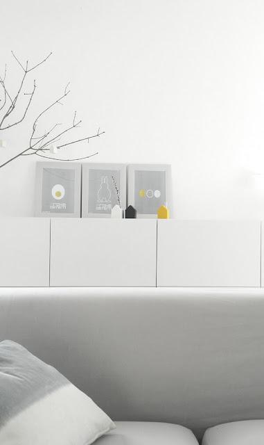 Oster Poster, minimalistische Poster von Cultform im Flatdesign zum kostenlosen Download zur Osterdeko