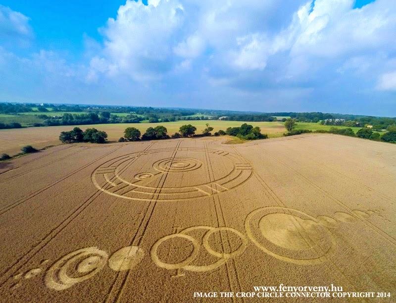Újabb gabonakörök Stroud Greenben / New cropcircles in UK (2014.szept.3.)