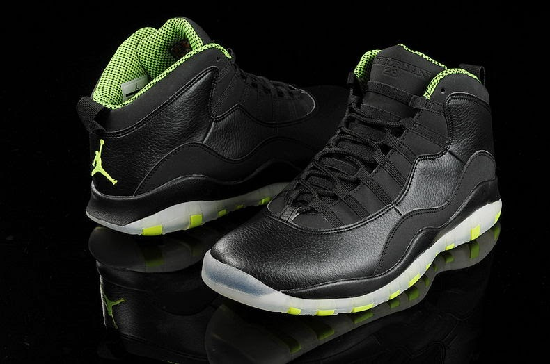 735e31929cfc87 Color  Black Cool Grey-Anthracite-Venom Green Style Code  310805-033.  Release Date  03 22 14. Price   170