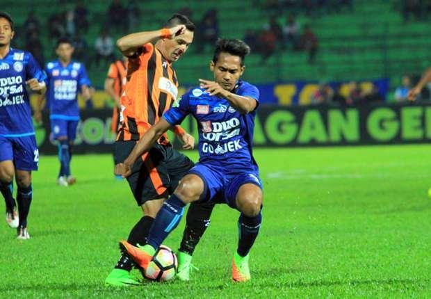 Perseru Serui vs Arema FC