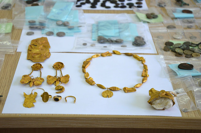 Greek police bust gang that excavated, sold antiquities