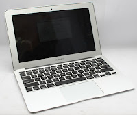 Jual Macbook air 11.6 inch 3.1 Bekas