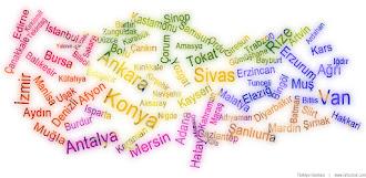 Renkli il isimlerini sıkışık bir şekilde yazılmasıyla yapılmış Türkiye İller ve Bölgeler Haritası