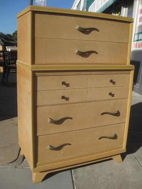 Uhuru Furniture Amp Collectibles Sold Blonde Mid Century