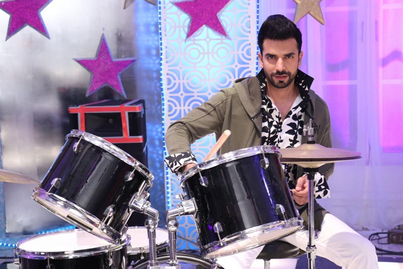 Manit Joura as Rishabh Luthra in show Kundali Bhagya