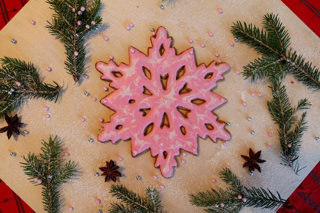 lumihiutalepipari, snowflake gingerbread, piparin marmorointi