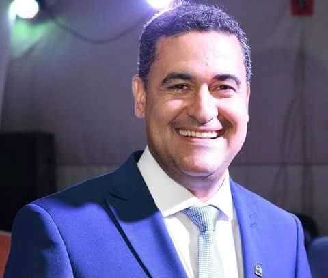 Resultado de imagem para prefeito de piritiba samuel