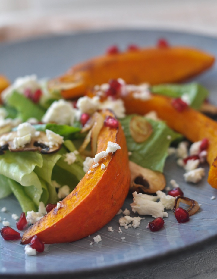 #glutenfree #salad #pumpkin #mushrooms #pomgranate #fall #autumn #thanksgiving #sidedish
