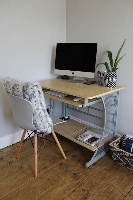 bargain computer desk