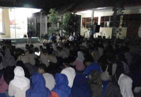 Ratusan Siswa SMKN 1 Selayar, Nobar Film G.30.S/PKI